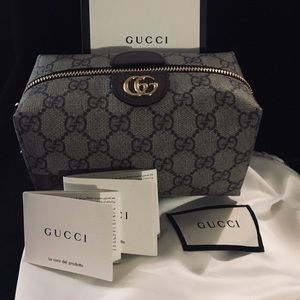 810b31b89118 Gucci Cosmetic Bags & Cases for Women | Poshmark